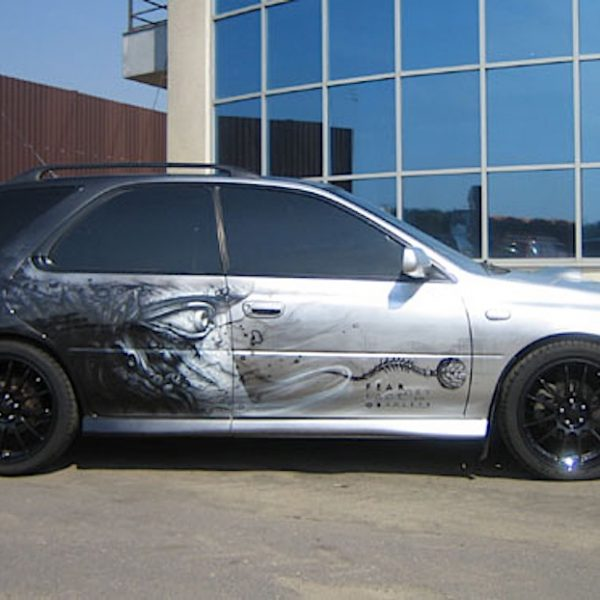 Аэрография на автомобиле Subaru