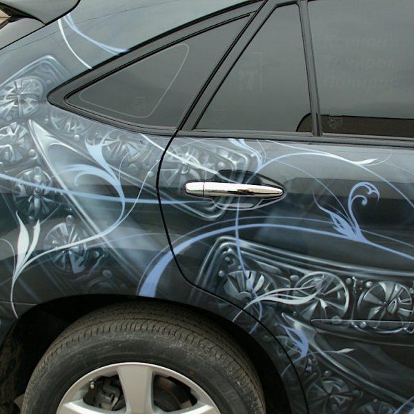 Аэрография на джипе Lexus