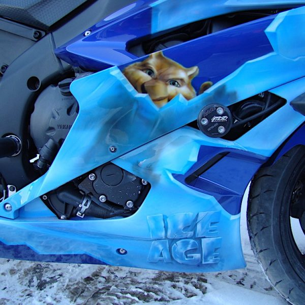 Роспись мотоцикла Yamaha - тема из мультфильма Ледниковый период