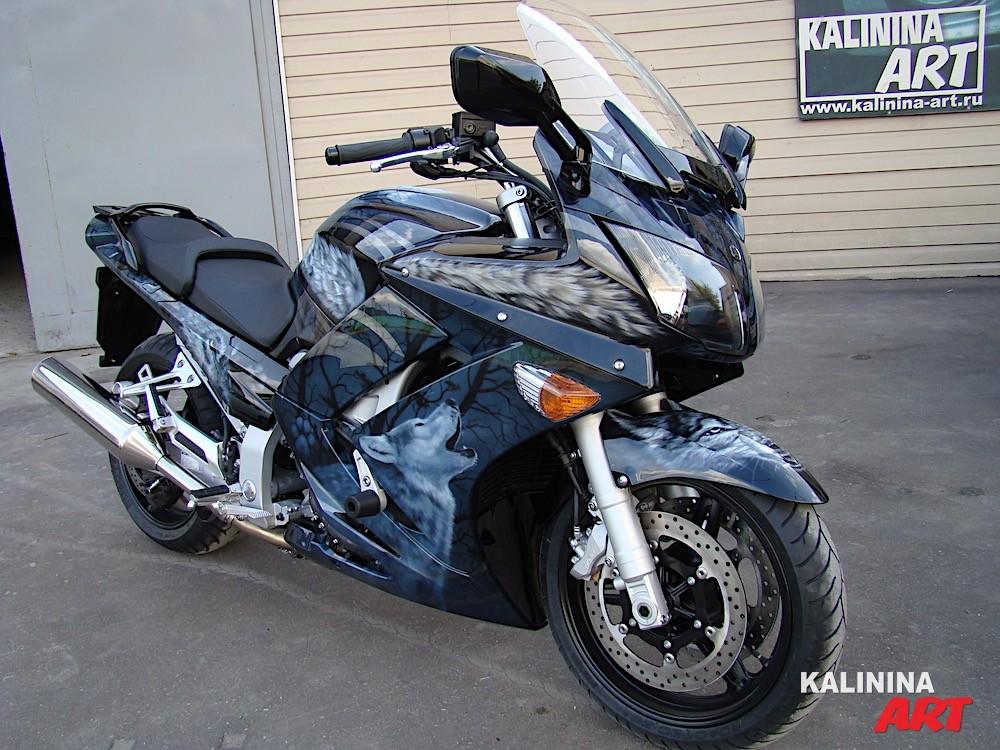 Роспись мотоцикла Yamaha - волки