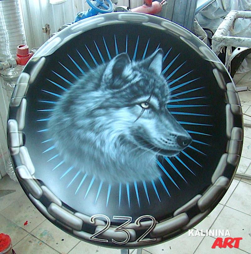 Аэрография на чехле запаски - волк