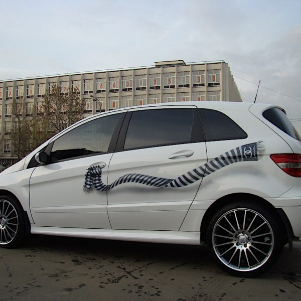 Аэрография на Mercedes